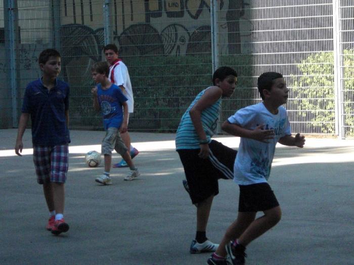 fussballturnier-und-muellfest-im-stumperpark-am-21-08-2012-022