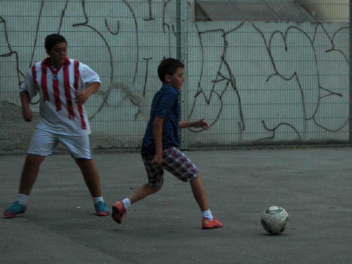 fussballturnier-und-muellfest-im-stumperpark-am-21-08-2012-028