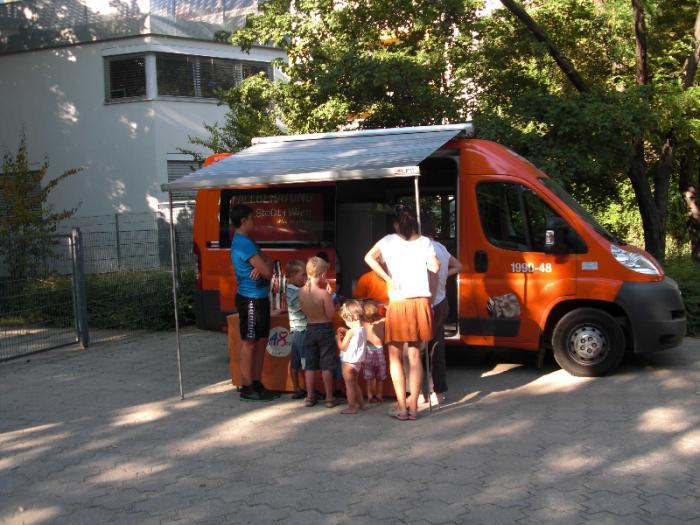 fussballturnier-und-muellfest-im-stumperpark-am-21-08-2012-035