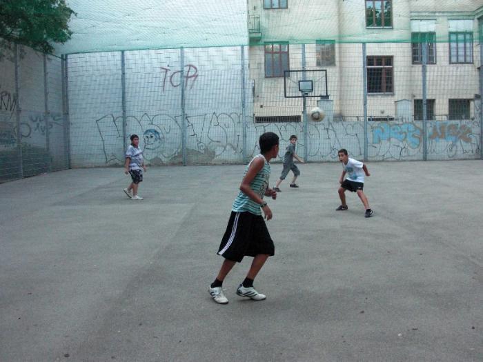 fussballturnier-und-muellfest-im-stumperpark-am-21-08-2012-053