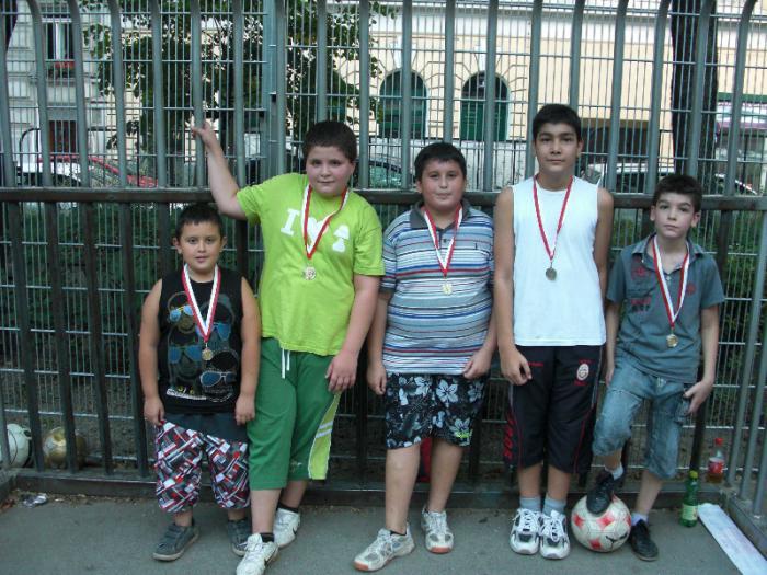 fussballturnier-und-muellfest-im-stumperpark-am-21-08-2012-063