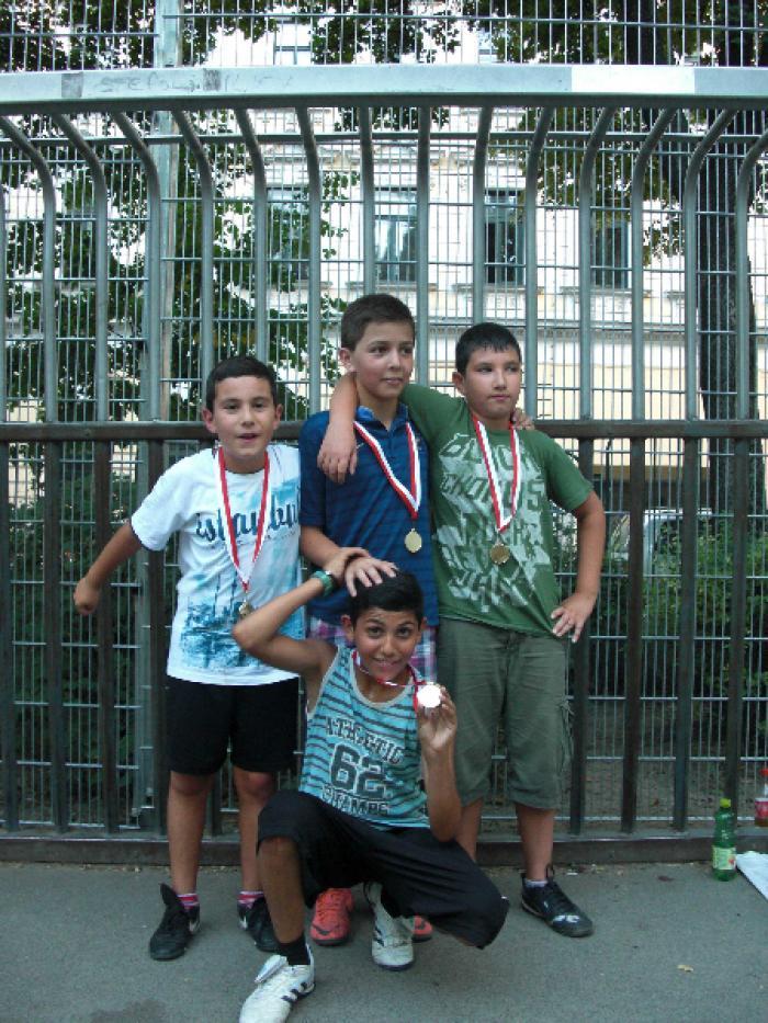fussballturnier-und-muellfest-im-stumperpark-am-21-08-2012-068