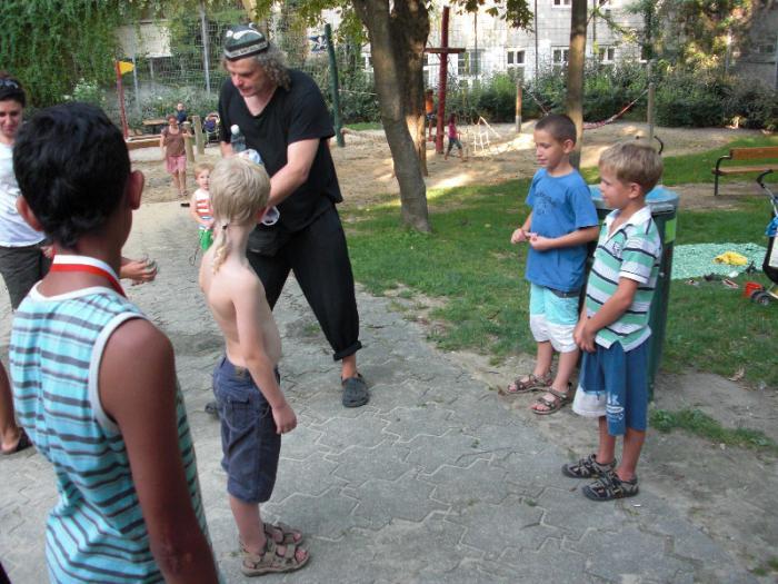 fussballturnier-und-muellfest-im-stumperpark-am-21-08-2012-093