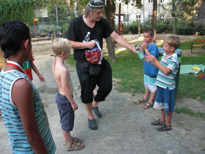 fussballturnier-und-muellfest-im-stumperpark-am-21-08-2012-094