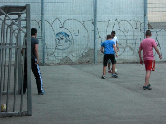 fussballturnier-und-muellfest-im-stumperpark-am-21-08-2012-099