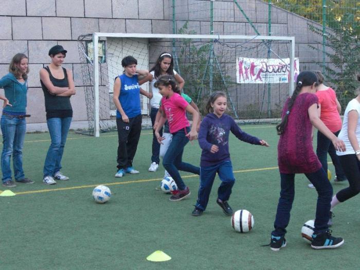 maedchenfussballturnier-05-10-2012-002