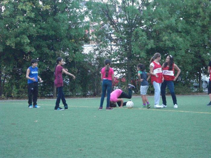 maedchenfussballturnier-05-10-2012-008