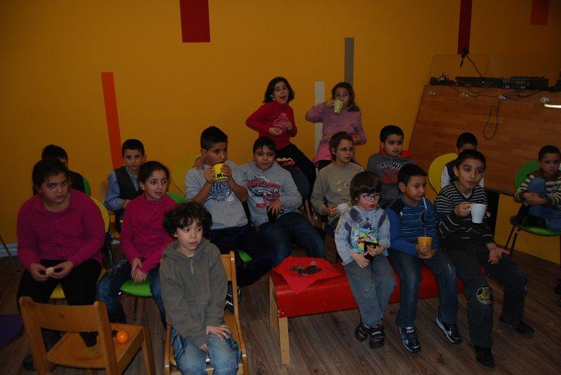 weihnachtsfest-im-rahmen-des-projekts-integrative-lernbetreuung-am-21-12-2011