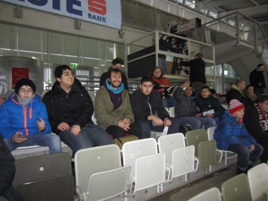1_ Eishockeymatch