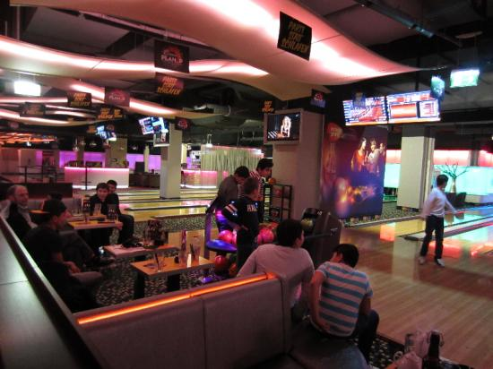Action Day – Bowling spielen in der Millenium City | JUVIVO 21