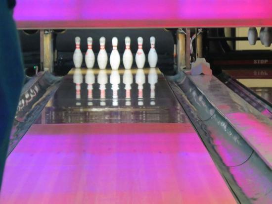 11-15_bowling_1